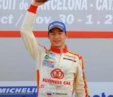 Константин Терещенко одержал уверенную победу в первой гонке заключительного эта