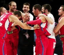 Сербы обыграли французов и вышли в финал ЧМ-2014 по баскетболу