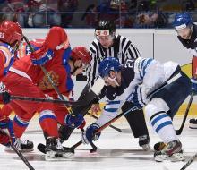 Россия по буллитам уступила Финляндии и попала на Швецию