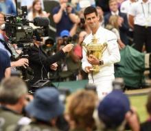 Джокович обыграл Федерера и стал чемпионом Уимблдона