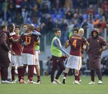 «Рома» обыграла «Наполи» и обеспечила досрочное чемпионство «Ювентусу»