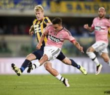 Чемпион Италии «Ювентус» проиграл последней команде «Вероне»