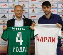 Чорлука продлил контракт с «Локомотивом»