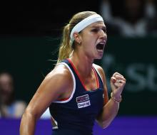 Цибулкова одолела Кузнецову в 1/2 финала Итогового турнира WTA