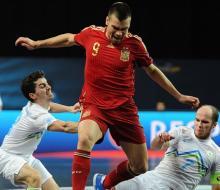 Россия сыграет с Испанией в 1/2 финала ЧЕ по футзалу