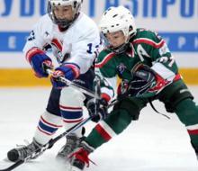 Казанские хоккеисты продолжают борьбу в Омске