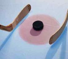 Чемпионат города по хоккею начался в Казани