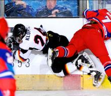 Молодые хоккеисты проиграли Канаде
